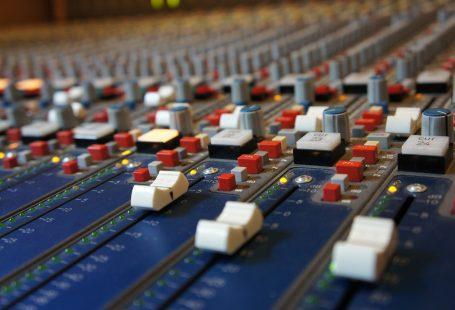 EXTERNAL SOUND CARD RECORDING
